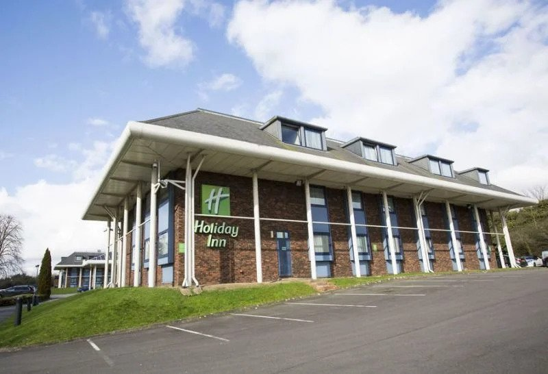 Eitan Eldar - EEH Ventures: Holiday Inn Luton